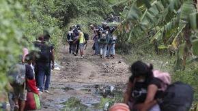 Колумбия ще даде статут на милион венецуелски мигранти