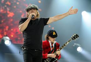 Новият албум на AC/DC излиза днес