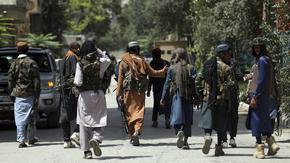Талибаните издирват сътрудници на САЩ и НАТО според документ на ООН, протестите достигнаха Кабул