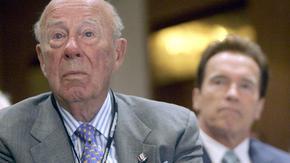 Почина Джордж Шулц, държавният секретар на САЩ в края на Студената война