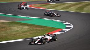 Формула 1 отчита спад на приходите от близо 600 млн. долара