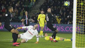 Френската лига ще компенсира клубовете с държавен заем