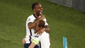 Англия разгроми Украйна и допълни полуфиналите на европейското