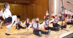 Отменят забраната за провеждане на репетиции на фолклорни състави и други самодейни формации в Шуменско