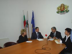 Областният управител се срещна с кметското ръководство в Смядово