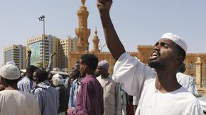 Судан за пръв път раздели религията и държавата