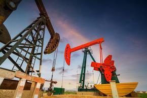 Страните от ОПЕК+ се споразумяха - вдигат добива на петрол