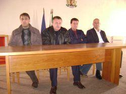 Депутатите на ГЕРБ и областният управител се срещнаха с преславци