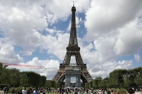 """Телефоните на петима френски министри са били заразени с шпионския софтуер """"Пегас"""""""