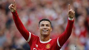 """Роналдо поведе """"Юнайтед"""" с два гола при завръщането си"""