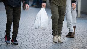 В България е евтино, но и българите нямат доходи да купуват