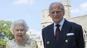 Принц Филип посреща 99-ия си рожден ден само с кралица Елизабет II