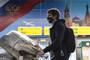 Новата вълна в Русия остава извън контрол, пилоти поискаха чужди ваксини