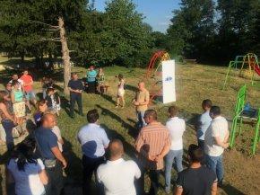 Евродепутатът Илхан Кючюк откри детска площадка в село Златар
