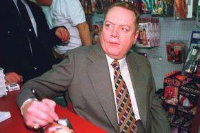Кралят на порното Лари Флинт си отиде на 78 г.