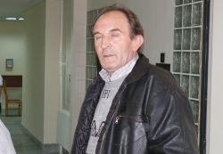 6 месеца условно и 3 месеца без книжка за шофьор, прегазил старица