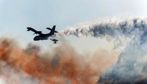 Руски самолет за гасене на пожари падна в Турция, няма оцелял от 8-те души на борда