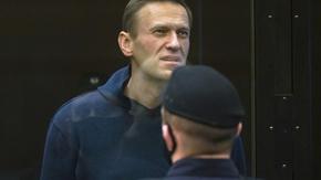 С присъда руски съд извади Навални от политиката за почти 3 години