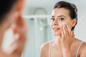Защо е важно да хидратираме кожата на лицето