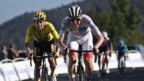 Словенците нанесоха удар в Тур дьо Франс, шампионът Бернал загуби 7 минути