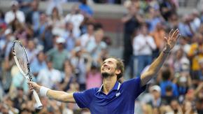Медведев укроти неудържимия Джокович и спечели US Open