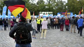 Германците чертаят пътя си след Меркел на най-непредсказуемите избори от години