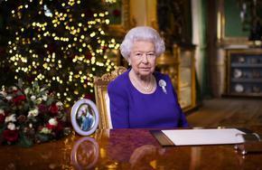 Кралица Елизабет Втора отбеляза 69 години на британския престол