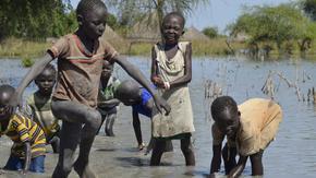Нито едно дете няма да избегне влиянието на глобалното затопляне, предупреди УНИЦЕФ