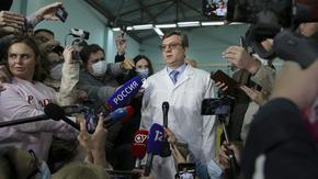 Лекарите в Омск се съгласиха Навални да бъде изведен от болницата