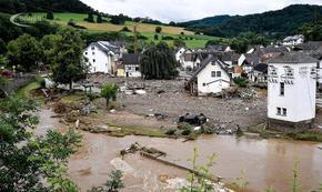 Десетки жертви на наводненията в Германия, 200 хил. са без ток