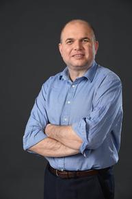 """Владислав Панев, водач на листата на КП """"Демократична България - обединение"""" в Шумен: """"България е страната в Европейския съюз с най-голямо неравенство"""""""