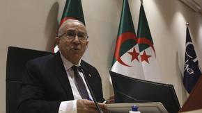 Алжир задълбочи разрива с Мароко, като се затвори за самолети от страната