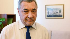 Политическата криза: Валери Симеонов обяви, че правителството остава
