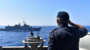 """Турция видя възможна """"причина за война"""" с Гърция и обяви още учения в Средиземно море"""