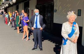 """Изложиха восъчни фигури пред """"Музея на Мадам Тюсо"""" в Лондон"""