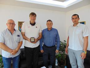 Президентът на Българската федерация по баскетбол Георги Глушков посети Шумен