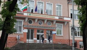 С близо 18 хил. лв. три шуменски училища обновяват библиотеките си