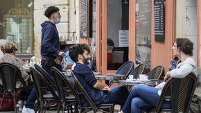 Във Франция 800 хил. се ваксинираха за ден заради новите мерки