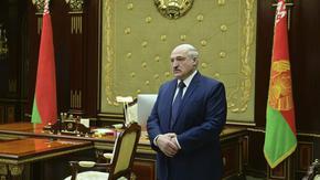 """Лукашенко обещава неясни реформи на """"народно събрание"""" тази седмица"""