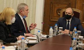 Лидерът на АБВ Румен Петков предложи изборите да са на 15-16 май
