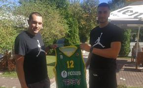 """Баскетболният тим на """"Шумен"""" се подсили с още един сръбски играч"""
