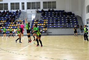 """Хандбалният женски тим на """"Шумен"""" допусна загуба от """"Свиленград"""" у дома"""