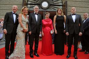 """Румен Радев и австрийският му колега, придружени от съпругите им, гледаха операта """"Дон Жуан"""""""