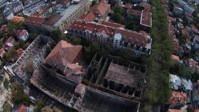 Собствениците на горелите тютюневи складове в Пловдив трябва да им извършат ремонт, реши съдът