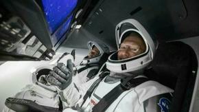 Crew Dragon се очаква да се завърне на Земята в неделя