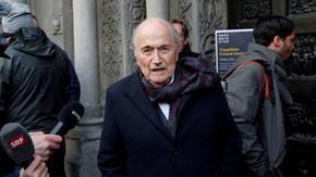 ФИФА удължи наказанието на Сеп Блатер