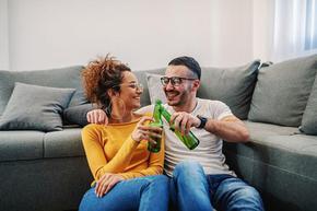 """Първата глътка бира предизвиква прилив на """"хормона на щастието"""""""
