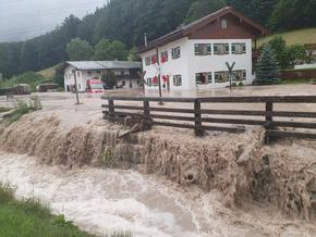 Бедствено положение в Бавария, а жертвите на потопа се множат - вече са 156
