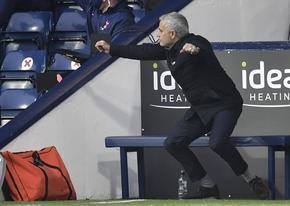 Моуриньо е треньор на месеца, обяви го преди Премиършип