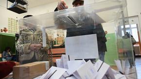 Гласуването в чужбина: Заявленията са 88 хил., във Великобритания може да има секции с две кабини